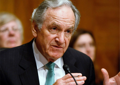 iowa senator tom harkin Washington -- sen tom harkin (d-iowa) and rep george miller (d-calif) plan to jointly introduce legislation on tuesday to raise the federal minimum wa.